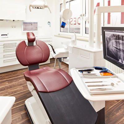 Zahndesign-Freising - Fernanda Brandenbusch und Kollegen